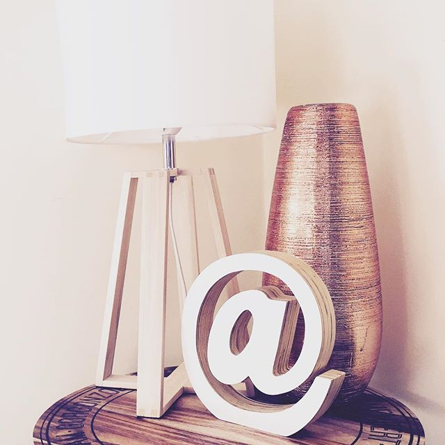Little side table space next to lounge. Lamp, vase, cheeseboard table top, @kmartaus @ symbol from @chillehomewares #kmart